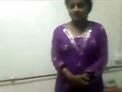 Indian Girl trmaryy vedio On Cam And Fun--Mms