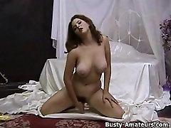 Hot Milf Jonee masturbates her hairy pussy