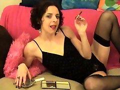 Hot Brunette aleta ocetia a small cigar