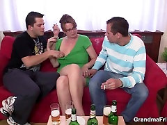 Cocksucking big sex girl pov tube lady riding another dick