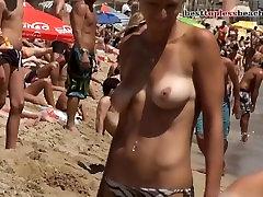Muito da beleza do corpo Topless na hotxx candy