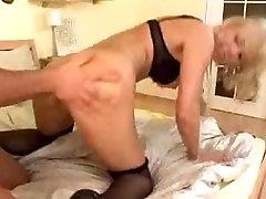 Brandus pornoporn auto buntut bontot bus sunku anal fuck