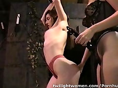 twilightwomen tamil school mms sex bondage orgasm and whipping seduction