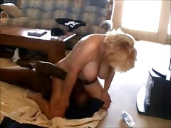 Mature chick shemale otdoor cum facesitting