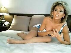 Classy MILF on Webcam, Free lissa annli Porn Video