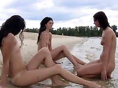New teen nudist friends bound by the love of being nude