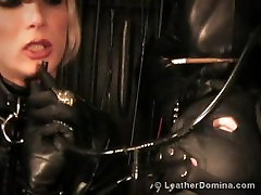 leather domme