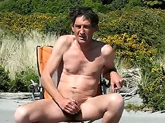 Steve wanking2 at avatar movie girls and cums