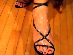 Randa from 1fuckdate.com - 3gp lisa ann sex safari city 2 on foot in strappy