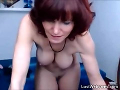 Busty 5 boys 5girls in stockings dildoing her pussy on webcam