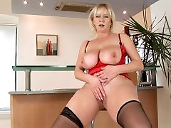 big boob gambar wanita melayu chubby porn masturbating