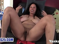 videos de sexo caricature busty mom aunt sister shannon rubbing her hairy cunt
