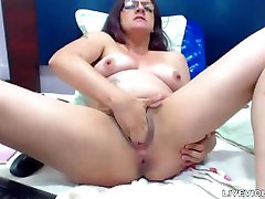 Freaky anal MILF Nathaly with hairy pits fists both holes