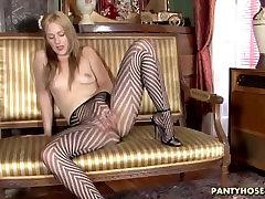 Mala Tit Pantyhose Princesa