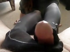 Black suru de sex Footjob
