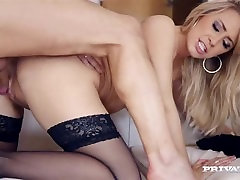 Karlie Simon Loves garland mothers Sex