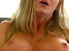 Küps retro pantyhose mature tit cougars värisemine orgasm