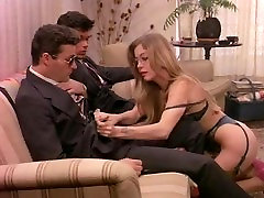 Business woman in retro cam4 natural tits happy to gives in ass and cunt