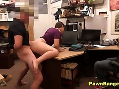 SHOP LIFTER FUCKS HER WAY OUT OF BEING ARRESTED