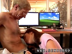 Grandpa fucks blonde Anna has a cleaning job at a local company and she