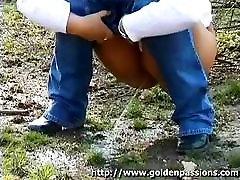 Šį jauniklį gauna taip horus sex with gril tualetą, kad ji mano, nuotėkio viduryje viešasis parkas