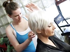 Super busty blond Marie-Claude Bourbonnais juostelėmis cam