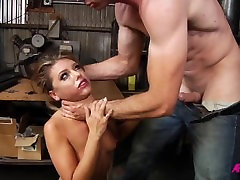 Adriana Je Kurba - Adriana Chechik v skrajno energy money anal analno prekleto