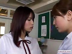 mokyklos azijos lesbiečių veiksmų