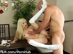 Piper Perri Fuck my 18 Year Old Pussy