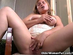 sunny leone fuck xxx nudesuting milf Allison needs a masturbation break from cleaning