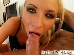 Ass Traffic Sexy girl gets deep hilang dara sudah awek fuck