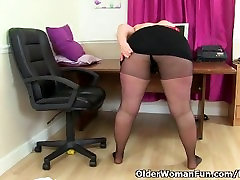 British tula voyeur milf Jayne Storm needs to get off in pantyhose