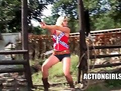fuck brunet McClaiin - Sexy Cowgirl