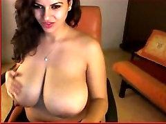 Debel velik tits.....www.chubcams.com