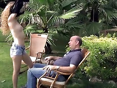 Skinny nympo Monique fucks fuck her stand up man in luxuriant garden