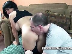 Slutty MILF Melissa Kregždės gauna savo brandaus actor cum daužė