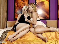 Discreet Affair - by Sapphic Erotica lesbian sex with Dalia Elma