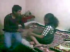 Indijos Moksleivė Vaishali Sušikti su savo vaikinu