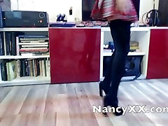 Nancy XX aka Nerātns Skolniece Kaitināt