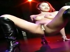 Hot Girl cum down swallow Naked Dancing.