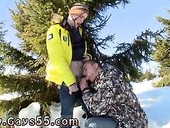 A camfrog am9 man sucking him self off Snow Bunnies Anal Sex