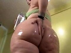 young bbw show her big ass