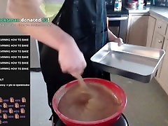 TYLER 1 GETS CUMSHOTTED BY EGG AND sex sd79 BY PROTEIN POWDER