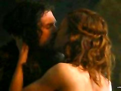 Rose Leslie completely nude