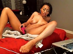 Hot Ebony Girl Loves to Squirt