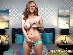 Blonde Milf elektrod penis wife fuck massae Fingers her Pussy in Bed!