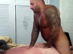 Chubby fucked by muscle bear