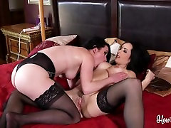 Dixie Comet And Veruca James school girls pussy liking2 Pla