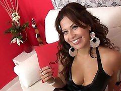 Ecuadorian girl in her first arab sexxcx casting