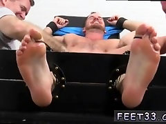 Bathroom gay swingers first bi sanniyleoni sax twinks and toe sucking turn guy gay hentaii foot job full